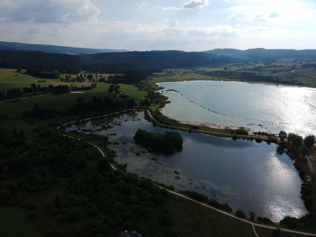 Le lac depuis les airs